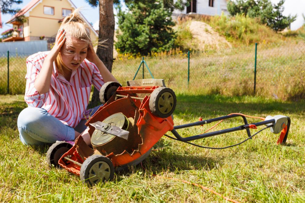 Lawn Mower Stops After Starting a Few Minutes