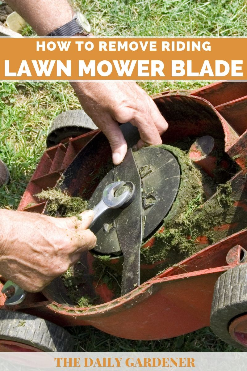 Remove Riding Lawn mower Blade 1