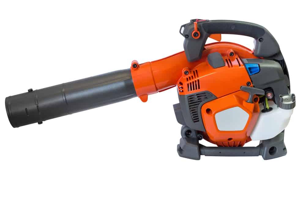 2-stroke or 4-stroke leaf blowers