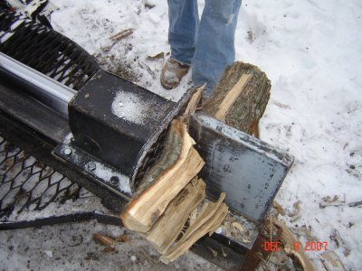 Basic Powered Log Splitter