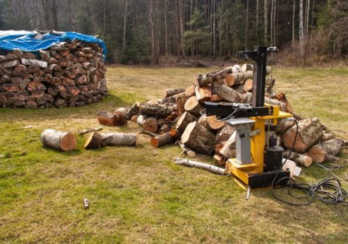 7 Best Commercial Log Splitters (Reviews of 2019)