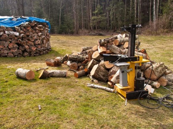 7 Best Commercial Log Splitters of 2021 – Reviews & Buyer Guides