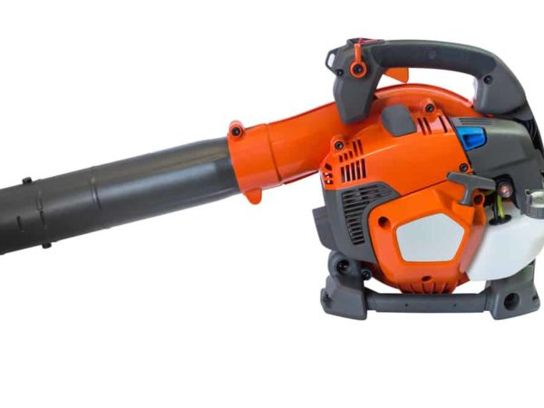 9 Tips to Store Your Leaf Blower