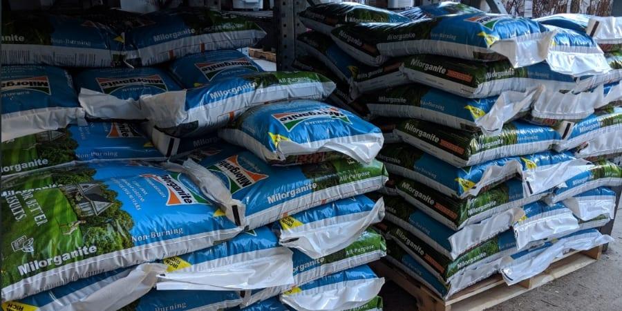 Milorganite Organic lawn Fertilizer