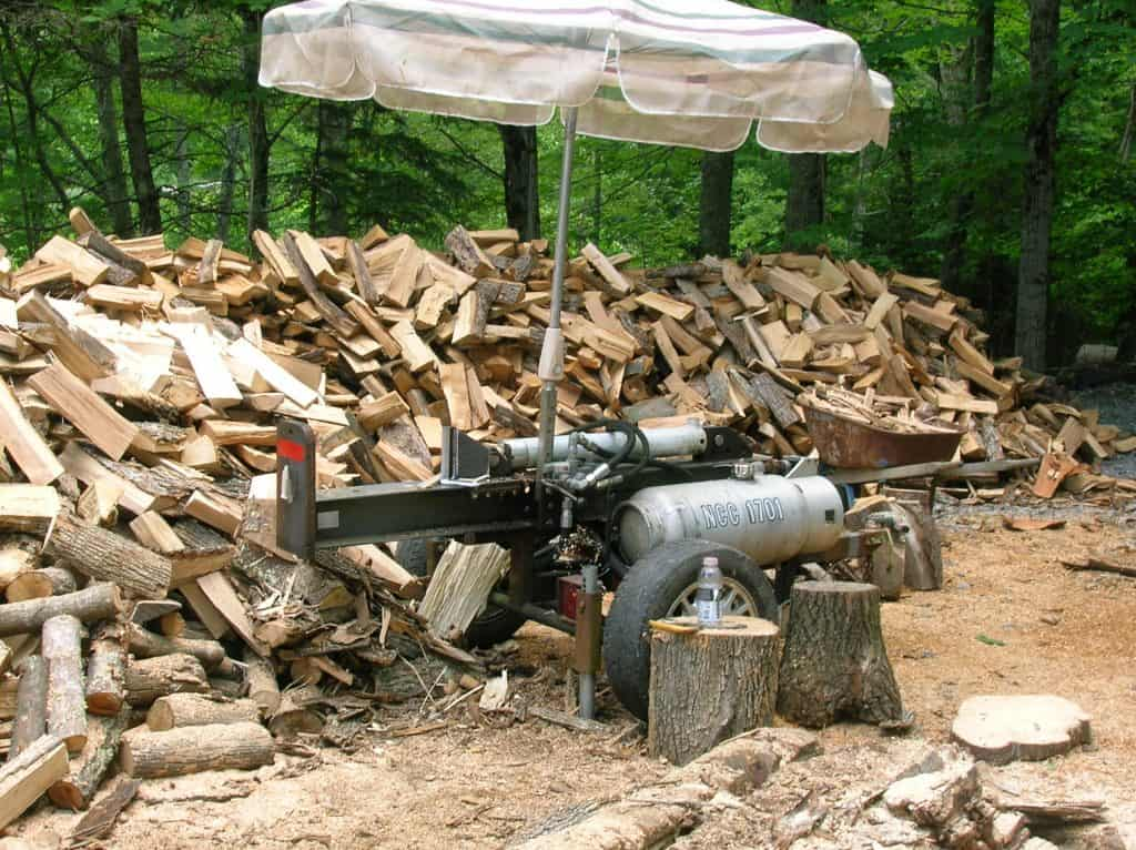 Small but Powerful DIY Log Splitter
