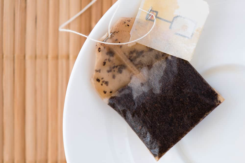 Tea bags and paper napkins