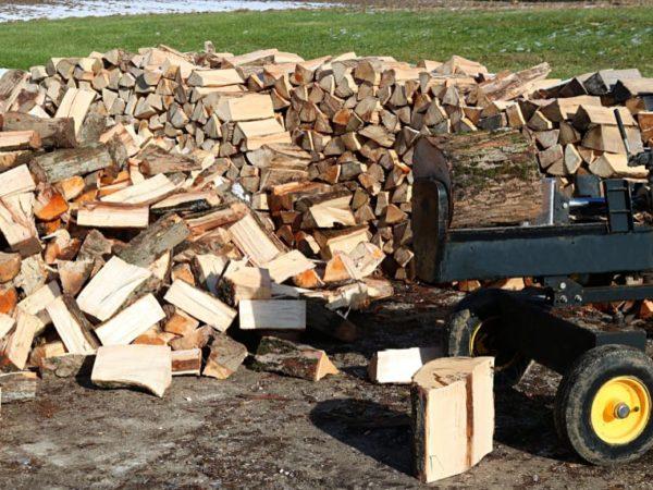 15 Tips to Use a Log Splitter Like Pro