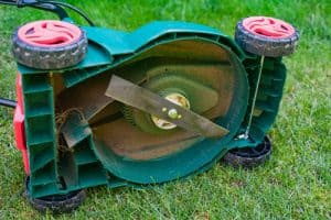 battery lawn mower Cutting Deck Size