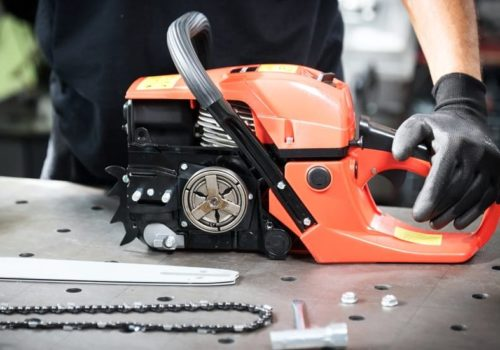 9 Steps to Clean a Chainsaw like Pro