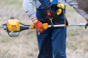 Gas powered pole hedge trimmer