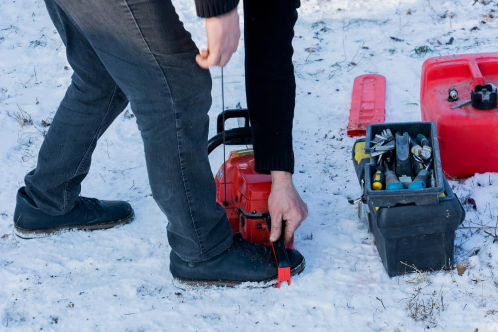 11 Reasons Why Your Chainsaw Won't Start