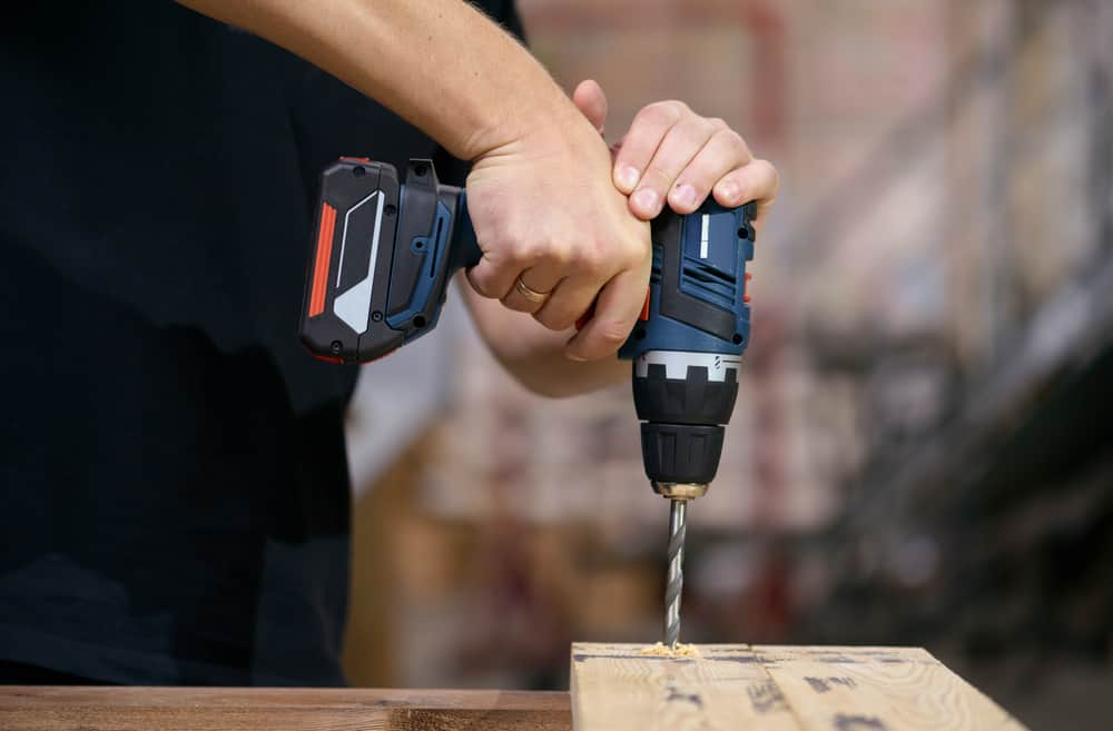 Cordless Screwdriver size