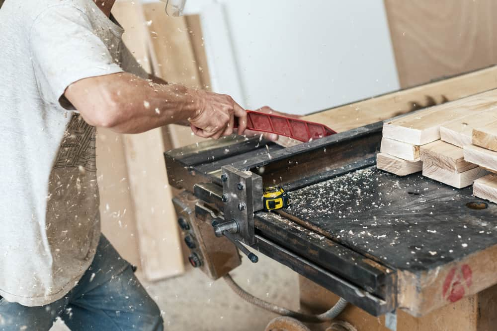 delta hybrid table saw
