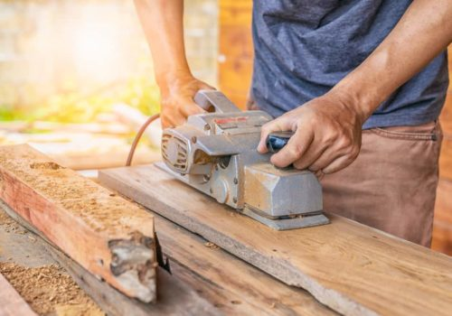6 Tips to Use a Wood Planer like Guru