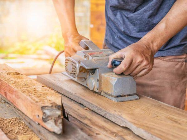 6 Tips to Use a Wood Planer like Guru
