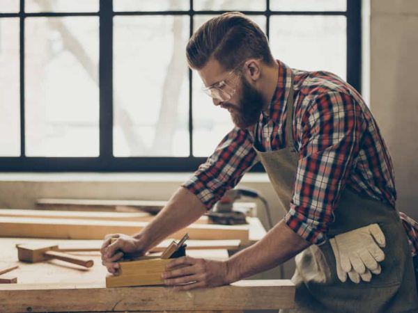 7 Tips to Use a Hand Wood Planer like Guru