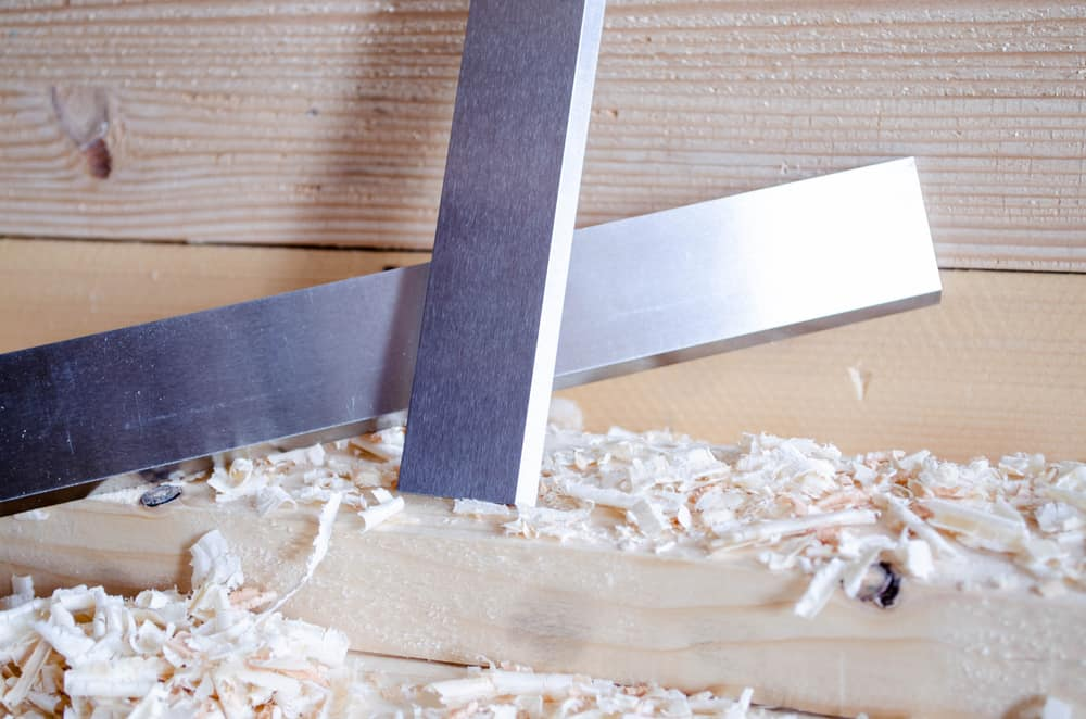 Check that your planer knives are sharp before you start