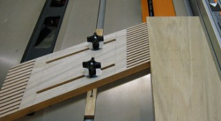 Make a Featherboard for Your Table Saw or Router Table