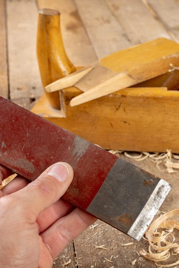 Make sure your planer knife is sharp