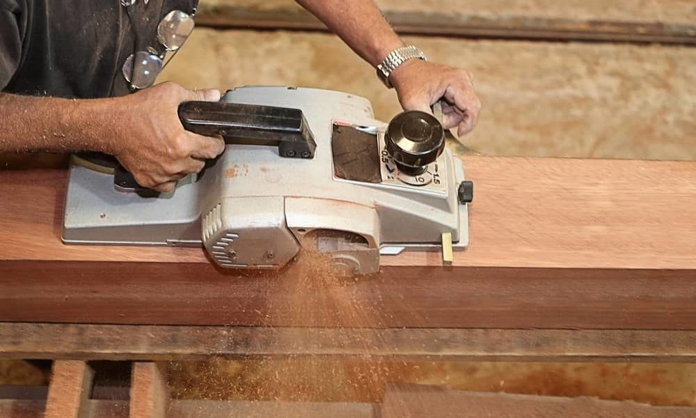 What is a Wood Planer & What does a Planer do 1