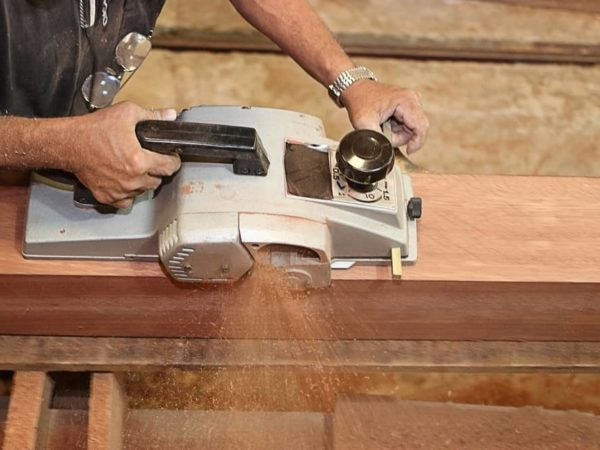 What is a Wood Planer & What does a Planer do?