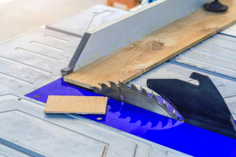 7 Table Saw Kickback Prevention Tips
