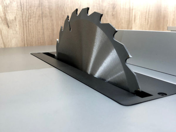 9 Easy Steps to Change a Table Saw Blade