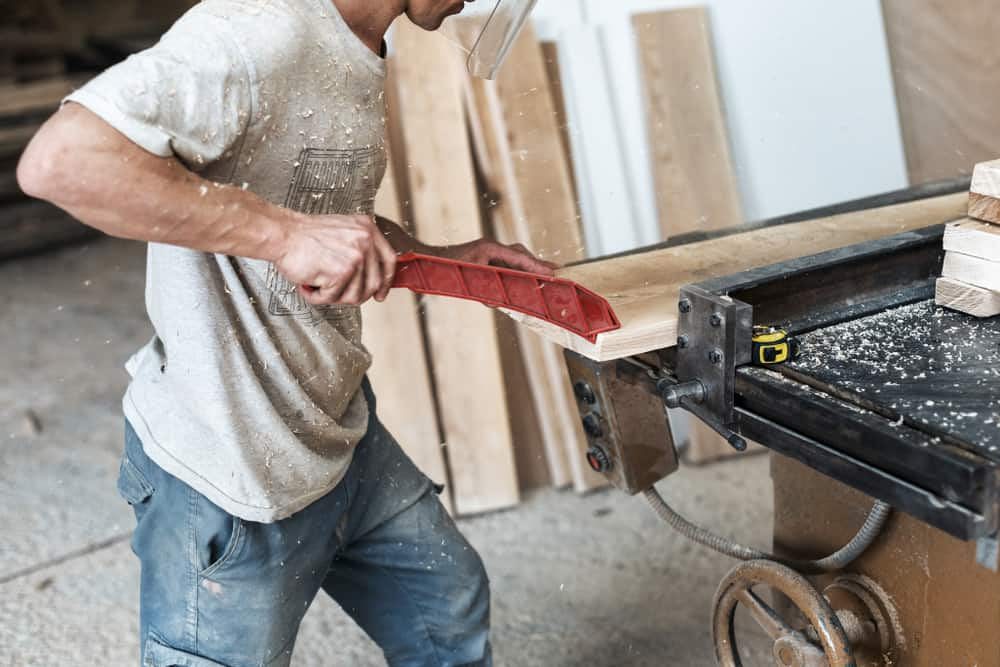 Table Saw Use a push stick
