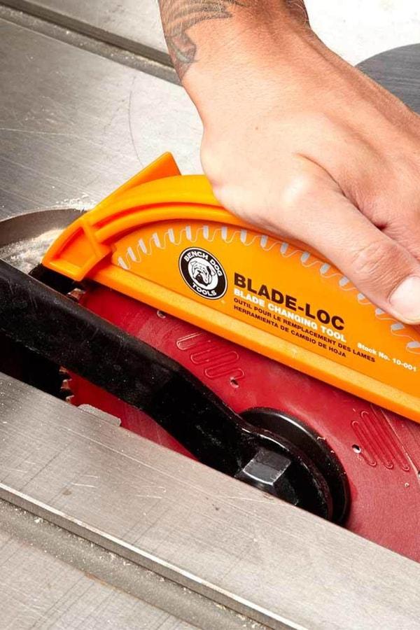 Use a blade lock