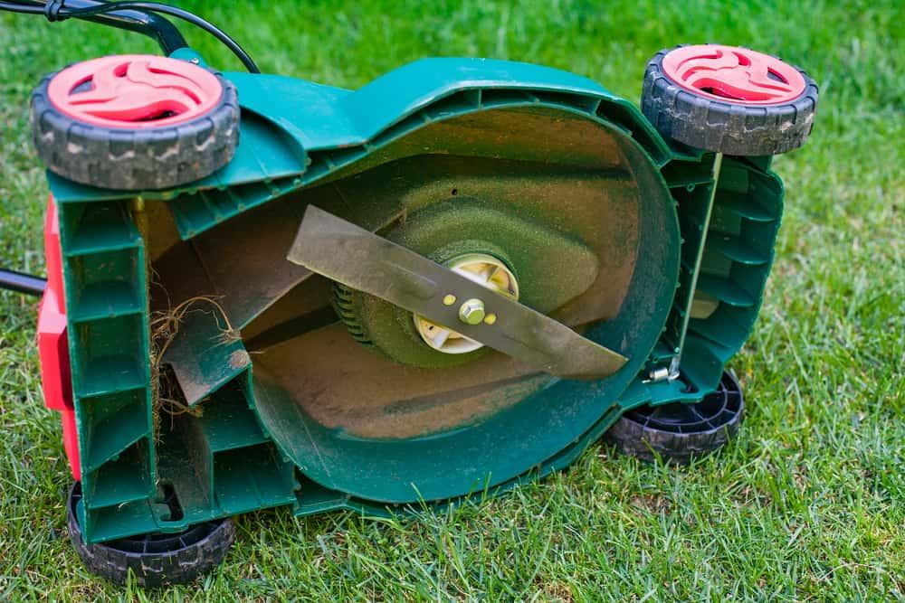lawn mower blade sharpening tool