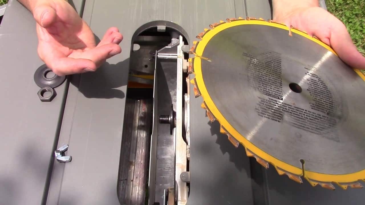 replace the blade on the table saw