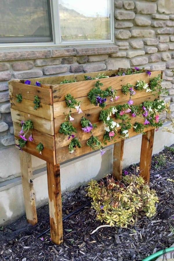 Wooden Palette Box
