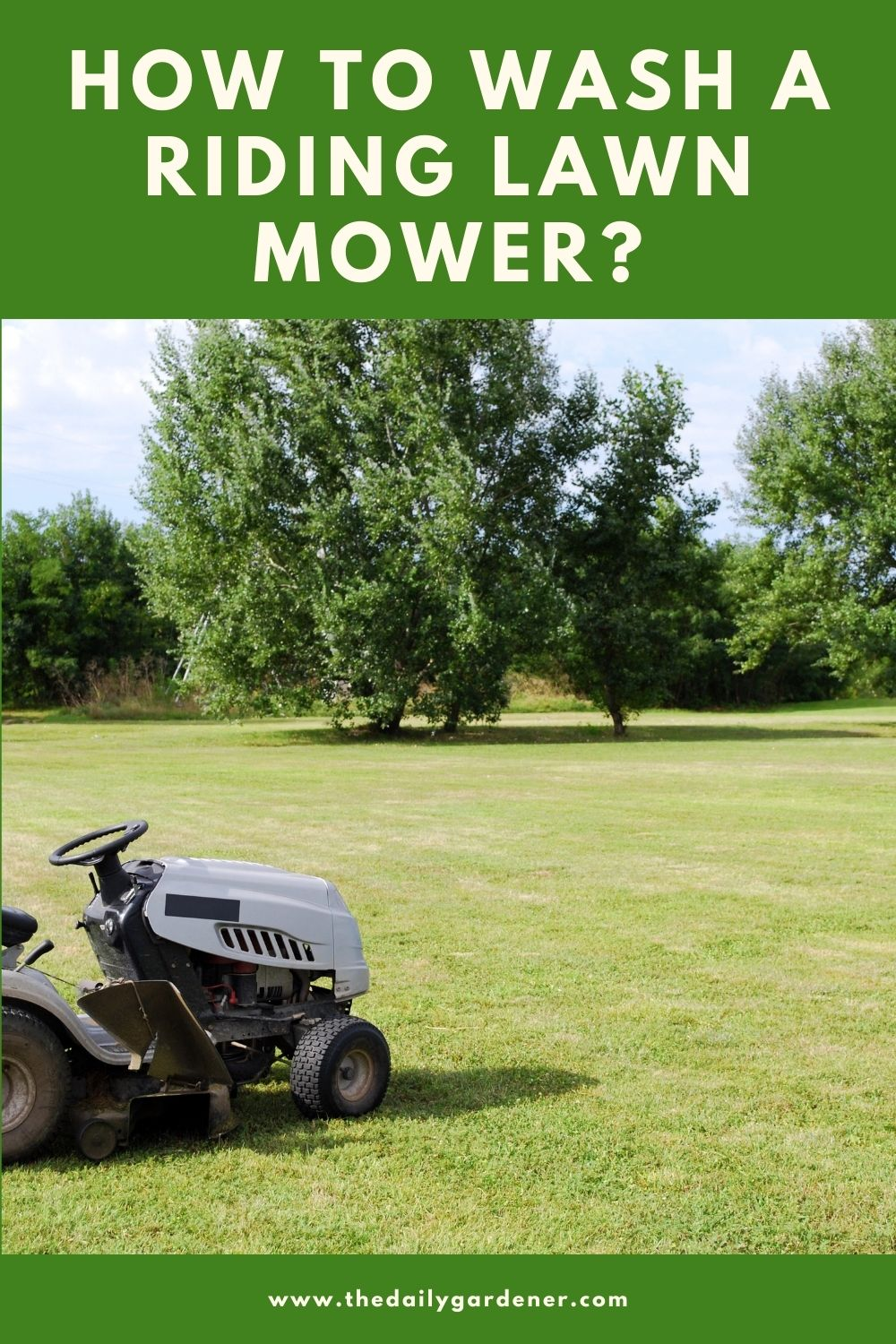How to Wash a Riding Lawn Mower 2