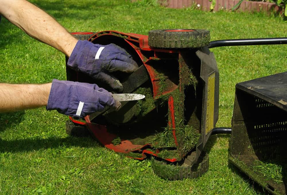 Keep the mower's underside clean