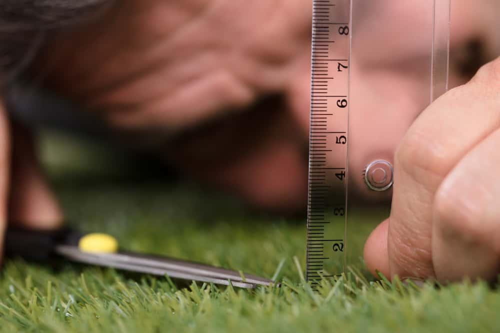 How do you measure your grass
